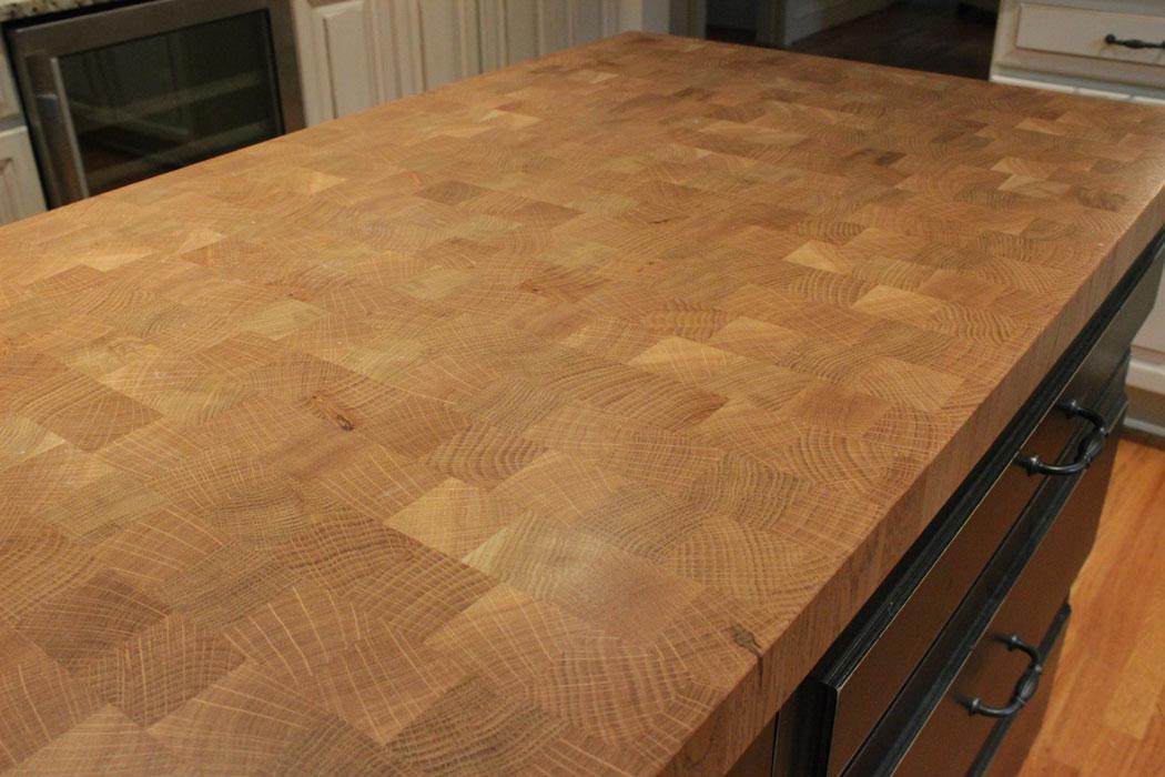 Edge grain construction style j aaron for Builder oak countertop